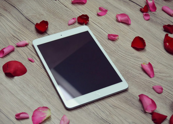 Mockup iPad On Love Theme
